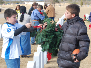 End of the holidays: Thousands of wreaths picked up from Central Texas State Veterans Cemetery by volunteers