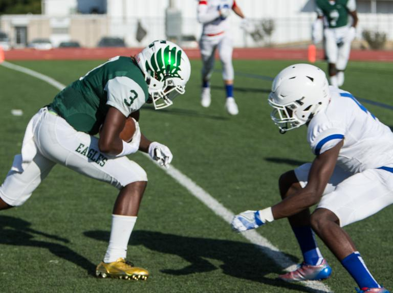 OVERPOWERING O-LINE: Ellison banking on linemen vs. Stony Point tonight
