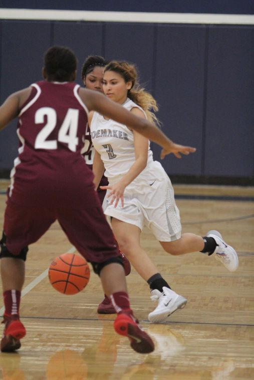KilleenShoemakerGirlsBasketball29.jpg