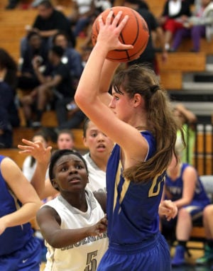 ShoemakerKerrvilleTivyBasketball 025.JPG