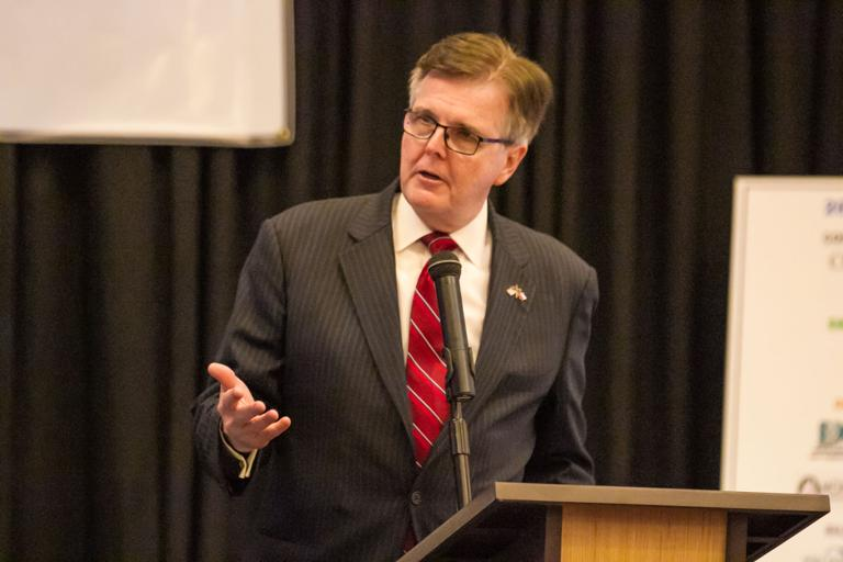 Lt. Gov. Dan Patrick speaks at Hispanic American Chamber of Commerce annual gala