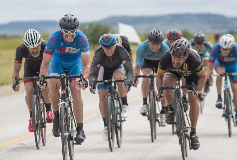 Over 700 cyclists take on final state race of season