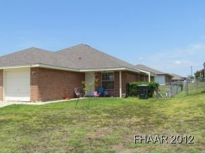NEW PRICE - GREAT, FULLY OCCUPIED, DUPLEX IN AREA CLOSE TO FT.