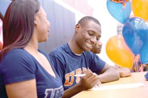 Darius Mitchell signs with UTEP