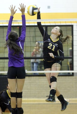 Gatesville vs Waco University Volleyball