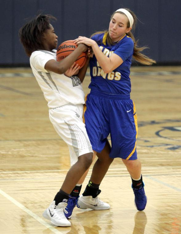 Basketball Girls Shoemaker  V Copperas Cove012.JPG