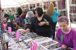 Cove holds annual Krist Kindl Markt