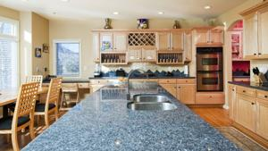 Consider seamless countertops for a perfect finish in kitchen
