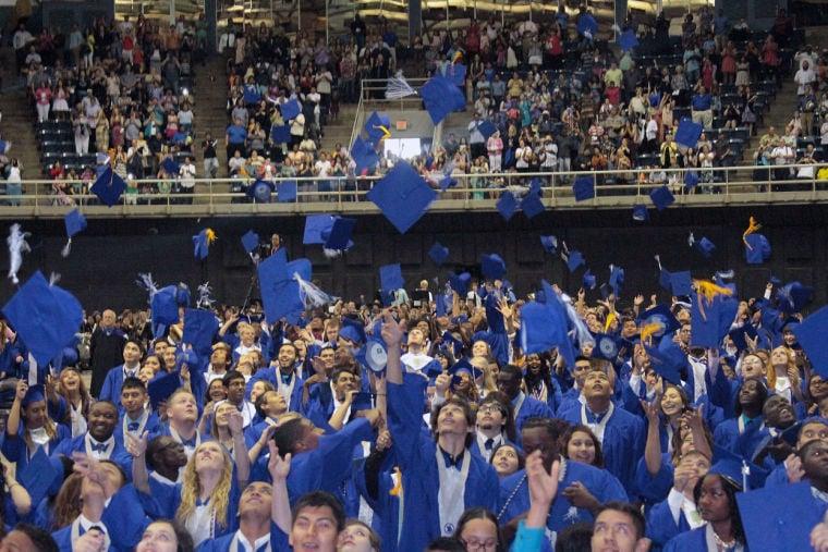 2014 Temple HS graduation