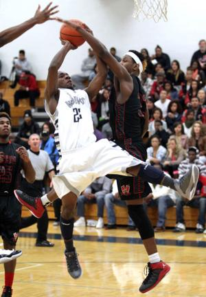 Basketball Boys Shoemaker  V Harker Heights050.JPG