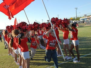 Manor Middle School students, staff celebrate homecoming