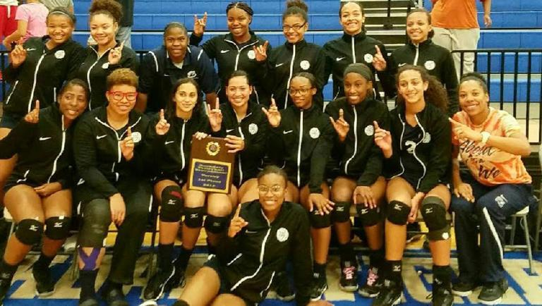 Shoemaker volleyballers outlast Killeen to win Rockdale tournament