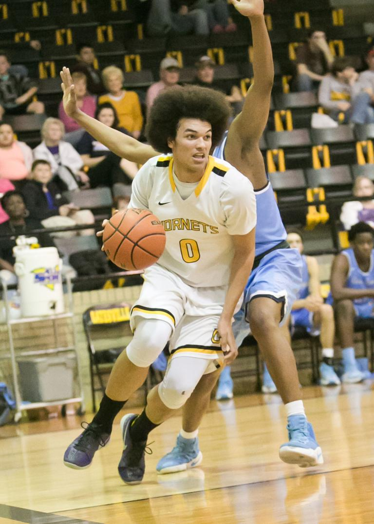 17-4A BOYS BASKETBALL: After impressive start, Hornets fall apart in second half