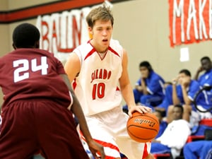 Salado Tournament: Spears on target, guides Eagles to pair of victories