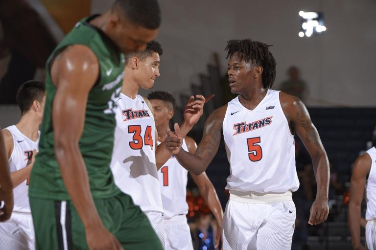 Former Heights star Clare receiving minutes as a freshman at Cal State Fullerton