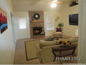 This 3 bed / 2 bath home has a great