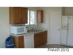 Great location - This 3 bedroom, 2 bath, 2 dining