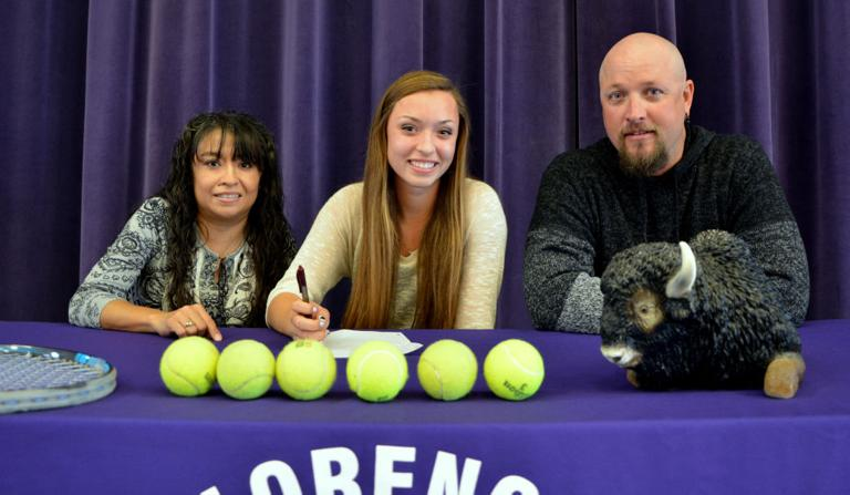 Florence tennis star signs with Ark.-Fort Smith