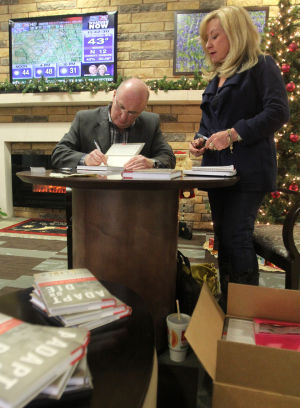 Lt. Gen. Rick Lynch book signing