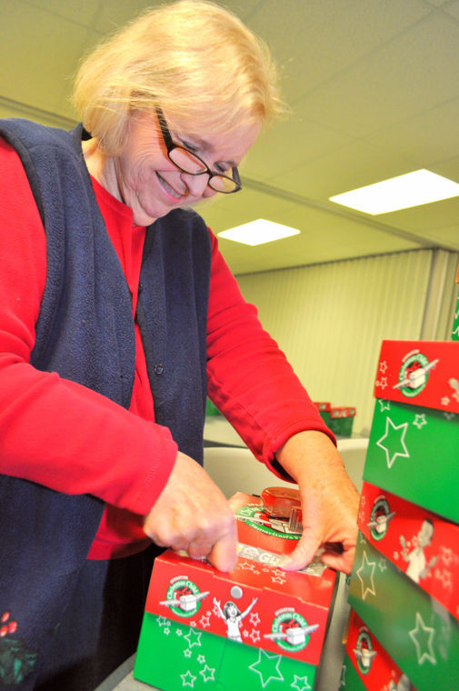 Cove shoeboxes brighten holiday, spread Christianity