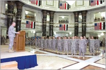 Soldiers re-enlist en masse