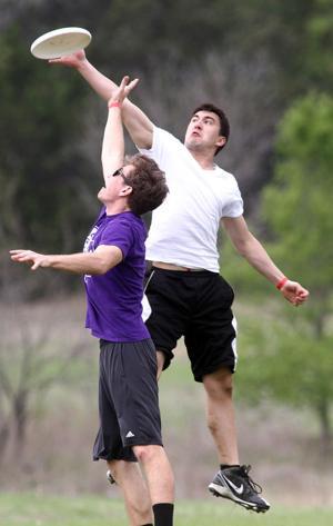 Ultimate Frisbee 2.jpg