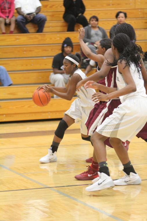 KilleenShoemakerGirlsBasketball34.jpg
