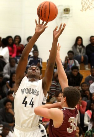 Boys Basketball: Shoemaker v. Round Rock