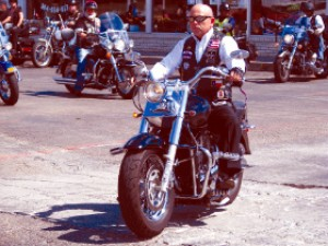 Ride pays tribute to motorcyclist