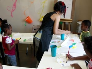 Heights art school offers classes geared toward children with autism