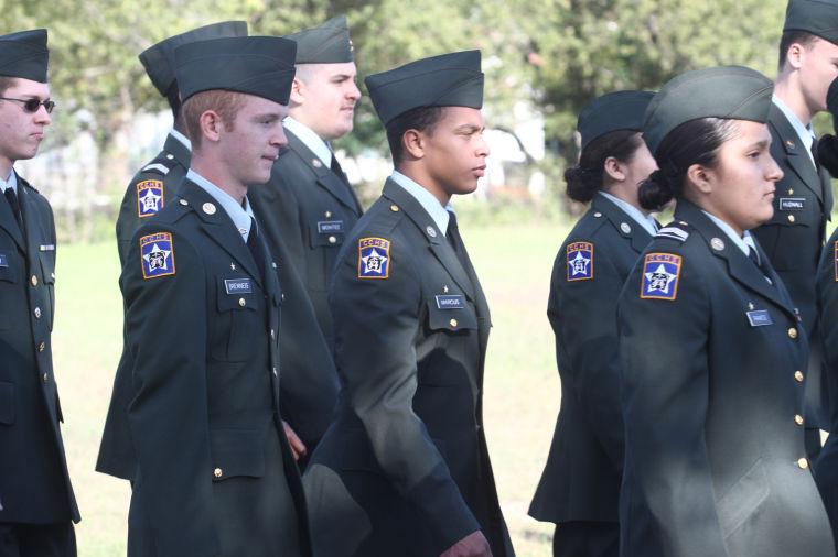 Cove Veterans Day Parade 4.jpg