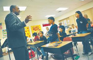 Guest speaker teaches fourth-graders about discipline, nature, attitude