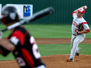 Belton's Magana pitches Belton past Harker Heights 1-0