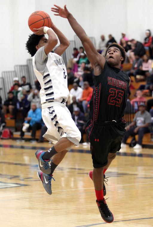 Basketball Boys Shoemaker  V Harker Heights001.JPG