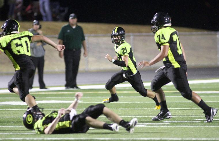 Football: Gatesville v. Taylor