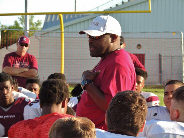SEARCY ERA BEGINS Kangaroos begin spring with enthusiasm, new head ...