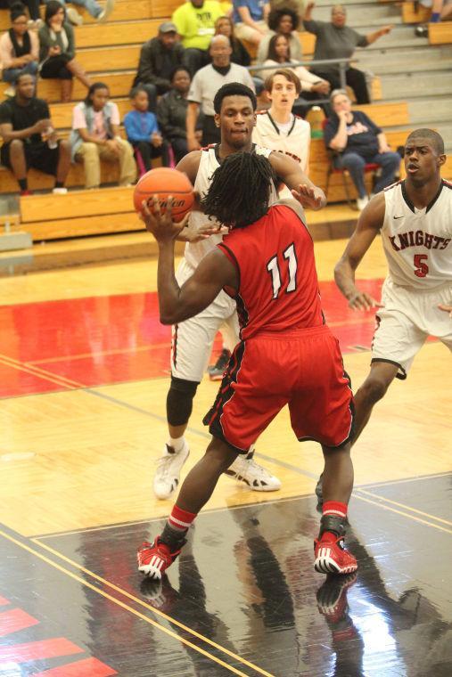 HeightsBeltonBOYSBasketball09.jpg
