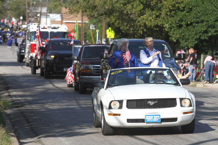 Cove Veterans Day Parade 5.jpg