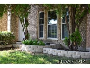 2426 SQUARE FEET ~ FOUR BEDROOMS ~ TWO FULL BATHS UPSTAIRS PLUS A HALF BATH DOWNSTAIRS ~ GRANITE ~ FIREPLACE ~ 8 X 10 STORAGE SHED ~ LOCATED MINUTES FROM FORT HOOD ~