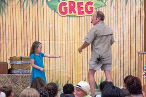 'Safari Greg' delights kids of all ages at summer library program