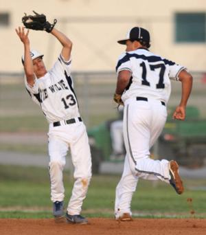 Heights vs Shoemaker Baseball