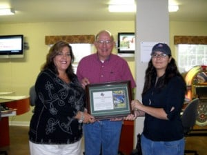 Fort Hood USO receives Standards of Excellence Award