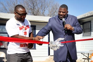 Boyz 2 Men Ribbon Cutting