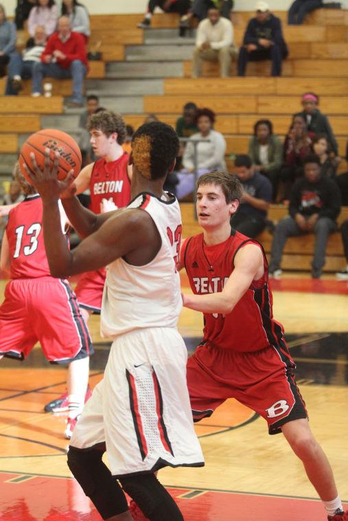 HeightsBeltonBOYSBasketball40.jpg