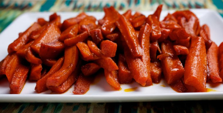 Healthy food: Smoky-Sweet Glazed Carrots
