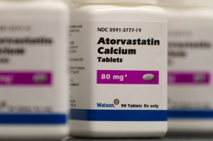 Heart Disease New Guidelines: Atorvastatin Calcium tablets, a generic form of Lipitor, which is being sold under a deal with Pfizer, are seen. - Bill Gallery | Watson Pharmaceuticals Inc.