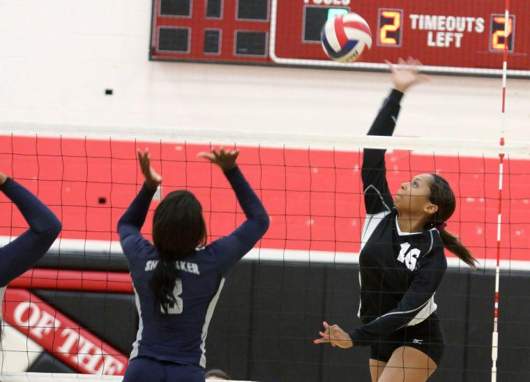 Volleyball: Harker Heights v. Shoemaker