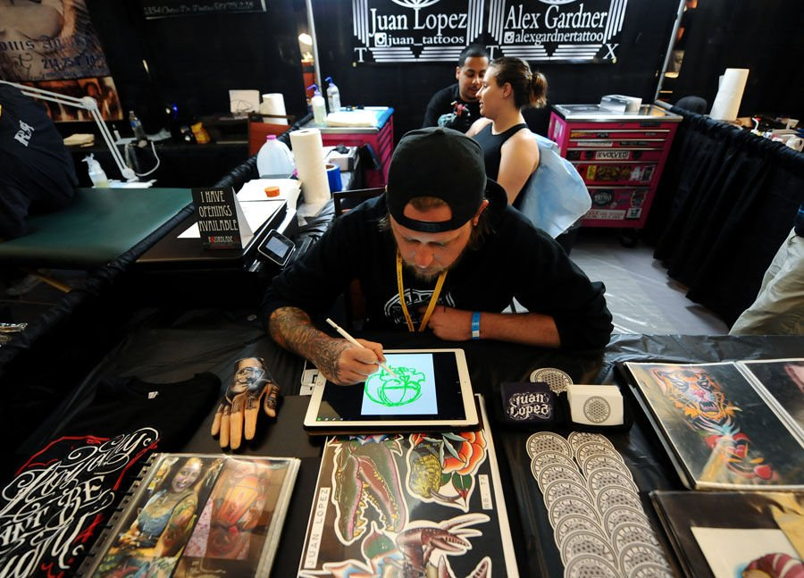 Ink masters tattoo show in killeen draws artists fans for Tattoo new braunfels