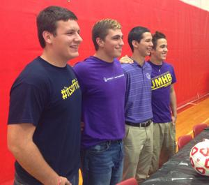 Belton soccer signings