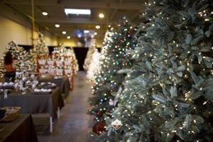 Artificial Christmas trees online retailer